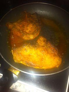 Das kommt in eine Pfanne mit Olivenöl und brate es bis zur gewünschten Bräune Carne Asada, Koken