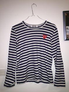 4970a1fc1a6c Blå Comme des Garçons trøje for kun 20 DKK dagligt på RentAtrend