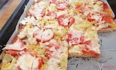 Čas přípravy: 25 min Čas vaření: 15 min SUROVINY 250 g hladká mouka 6 PL olej 1/2 bal. prášek do peč Super Pizza, Pizza Recipes, Healthy Recipes, Hawaiian Pizza, Winter Food, Ham, Food And Drink, Low Carb, Salad