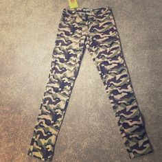 "HOST PICK NWT Camo Jeggings Brand new Camo Jeggings with side and back pockets.  They are made of cotton and spandex and measure 37"" long. Emperial Pants"