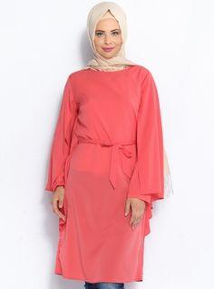Pelerin Görünümlü Tunik - Nar - Topless Pelerin Görünümlü Tunik Modelleri  http://www.tesetturone.com/urun-kategori/tunik/ #tesettur #hijab #giyim #moda #kadın #tesettürgiyim
