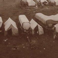 Kerkplein met legerkampement in Pretoria, anonymous, c. 1885 - c. 1910 - Rijksmuseum Armed Conflict, Pretoria, Destruction, Anonymous, South Africa, Britain, Two By Two, War, History