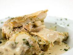 Il baccalà alla vicentina è un secondo piatto tipico della città di Vicenza che ha origini antichissime. Vediamo insieme come prepararlo