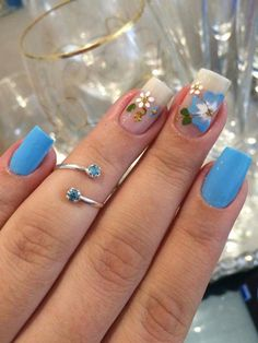 like Flower Nail Designs, Flower Nails, Nail Arts, Pretty Nails, My Nails, Hair Beauty, Turquoise, Nail Stickers, Ratchet Nails