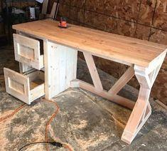 Farmhouse Desk #woodworkingideas #WoodworkingProjectsChristmas