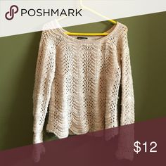 Open stitch sweater I used to love this but it doesn't fit anymore! Scalloped hem, super cute!! American Eagle Outfitters Sweaters Crew & Scoop Necks