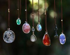 Fall Jewels #gemstonenecklace #labradoritependant #gemstonependant #MargaretSolowjewelry #jewelrymadeinusa