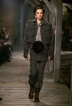 Chanel Pre-Fall 2013 - Review - Collections - Vogue