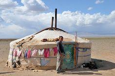 The Gobi Desert, Nomad Family  #mongoliantour #mongolia #nature #mongol #voyage…