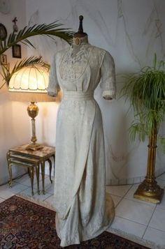 Titanic Hochzeitskleid aus Seidendamast & Battenburg-Spitze, ca. 1909