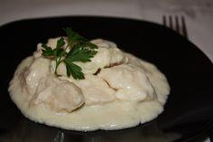 Piept de pui în sos de cașcaval - Gust și Aromă Ethnic Recipes, Food, Essen, Meals, Yemek, Eten