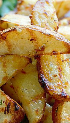 Garlic Parmesan Grilled Potato Wedges