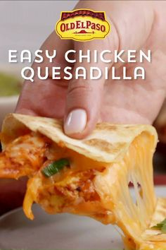 Easy Chicken Recipes, Easy Dinner Recipes, Appetizer Recipes, Easy Punch Recipes, Tasty Dishes, Food Dishes, Chicken Quesadillas, Chicken Quesadilla Seasoning, Chicken Quesadilla Recipes