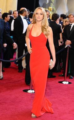 Jennifer Lawrence on the red carpet at the 83rd Academy Awards - Cerca con Google