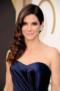 Uno de los peinados favoritos en los Oscars 2014: Peinado de lado.