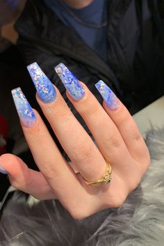 In look for some nail designs and ideas for your nails? Listed here is our list of must-try coffin acrylic nails for fashionable women. Blue Acrylic Nails, Acrylic Nail Designs, Blue Glitter Nails, Blue Coffin Nails, Blue Nail Designs, Purple Sparkle, Aycrlic Nails, Hair And Nails, Gorgeous Nails