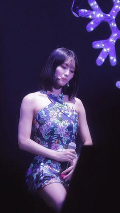 Nayeon, Hirai Momo, Dahyun, Korean Girl Groups, Kpop Girls, Crushes, Formal Dresses, Children, Music