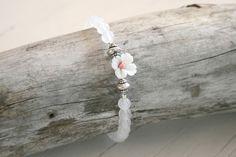 Snuggles-Cottage Shop Armbänder - Armband Lientje mit weißen Achat Perlen