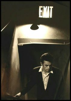 Awesome photo of James Dean