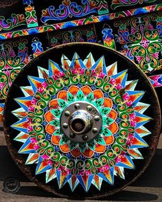 Discover the culture of The elaborately hand painted Sarchi oxcarts of Alajuela via Costa Rica Tattoo, Costa Rica Art, Costa Rica Travel, Coata Rica, Cultural Patterns, Truck Art, Country Crafts, Beautiful Sunset, Central America