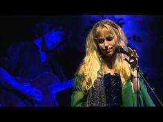 Blackmore's Night - The Clock Ticks On (Live in Paris 2006) HD - YouTube