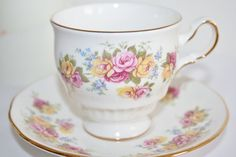 Royal Vale english vintage teacup with lovely door HomiArticles