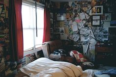 beautiful emo bedroom designs untitled image by on picture inspirations Emo Bedroom, Grunge Bedroom, Room Ideas Bedroom, Trendy Bedroom, Bedroom Decor, Bedroom Designs, Rock Bedroom, 1980s Bedroom, Quirky Bedroom