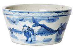 Traditional Chinese cachepot that's equally great as a bowl or catchall!