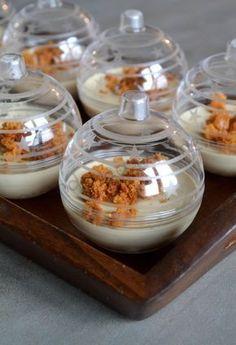 Verrines de panna cotta de foie gras sur compotée figue-pomme
