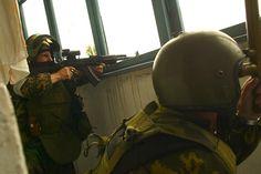 """""""Alpha Group"""" operator praporshchik Oleg Loskov during Beslan school siege. This is his last photo he will die later storming the school cinema. [1280x856]"""