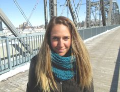 Foulard Infini Turquoise Teal infinity scarf par echarpesetbelles, $30.00 Teal, Turquoise, Infinity, Crochet, Fashion, Winter Collection, Headscarves, Crochet Hooks, Moda