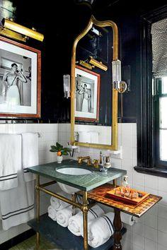 Shaun Smith New Orleans Ranch Guest Bathroom