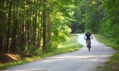 10 Popular North Carolina Biking Trails