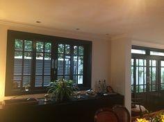 Casa pb / janelas e portas laca preta