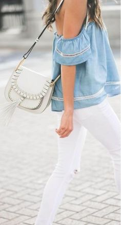 Bolsas Offwhite que tem a cara do verão e são fáceis de combinar com diversos tipos de looks