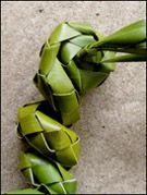 weaving a flax flower step 5