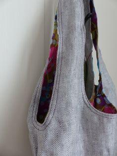 Sac réversible porté épaule en lin à chevron et coton kaki à fleurs : Fée Home, A Little Market e-shop