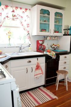 A Sort Of Fairytale: Budget Cottage Kitchen. Teals And Reds Together. Also  The Painted Shelves For Pop Of Color.for My Fantasy Vacation Cottage!