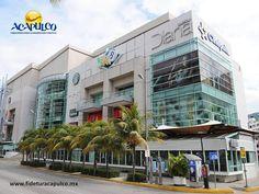 #infoacapulco Visita los centros comerciales de Acapulco. INFO ACAPULCO. Acapulco se caracteriza por sus hermosas playas y por ser uno de los mejores lugares para vacacionar en todo México, así como por su vida nocturna y sus atractivos naturales. Pero también es un lugar increíble para ir de compras, ya que cuenta con modernas y sofisticadas plazas comerciales como Galerías Diana, Gran Plaza Acapulco y La Isla. Para obtener más información, visita la página oficial de Fidetur Acapulco.