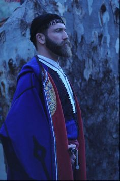 Greek man from Crete in traditional greek cretan costume Hipsters, Greek Men, Greek Beauty, Style Masculin, Greek Culture, Folk Dance, Crete Greece, Greek Clothing, Folk Costume