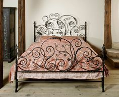Beds made of wrought iron, forged and painted by hand