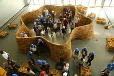 """Monter un mur en briques avec encorbellements en 1h30 aux Grands Ateliers avec des étudiants de 1ère année de Lyon et de Grenoble dans le cadre de l'Atelier Matière à Construire """"amàco"""""""