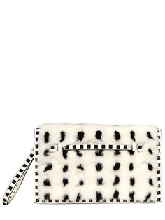VALENTINO - ROCKSTUD MINK & LEATHER CLUTCH - LUISAVIAROMA - LUXURY SHOPPING WORLDWIDE SHIPPING - FLORENCE