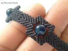 Quipus Macrame by Peruvian Knots. Solo Macrame, Knot by knot. Macrame Rings, Macrame Knots, Macrame Jewelry, Macrame Bracelets, Micro Macramé, Hemp Jewelry, Jewelry Crafts, Macrame Design, Wire Weaving
