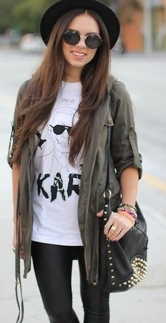 TEE: http://www.glamzelle.com/products/karl-face-t-shirt