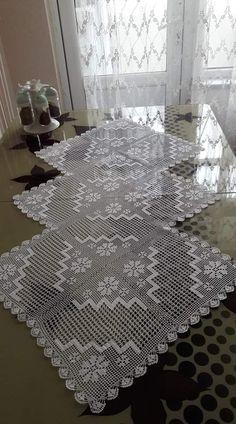 - MyKingList.com Crochet Tablecloth Pattern, Free Crochet Doily Patterns, Crochet Motif, Crochet Doilies, Knitting Patterns, Crochet Coat, Filet Crochet, Coat Patterns, Learn To Crochet