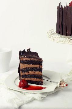 Tort rapid cu mousse de ciocolata