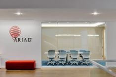 Chan Mock Architects designed the offices for fast growing biotechnology and pharmaceutical company Ariad, located in Cambridge, Massachusetts. Initially consisting of approx. SF in two five story buildings connected by… Insider Trading, London Apartment, Restaurant New York, Biotechnology, Architect Design, French Art, Cambridge, Offices, Full Eclipse
