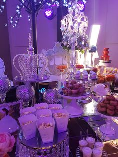 Sweet 16 Birthday, 16th Birthday, Birthday Ideas, Gold Candy Buffet, Candy Table, Fancy Desserts, Wedding Desserts, Sweet 16 Party Decorations, Royal Priesthood