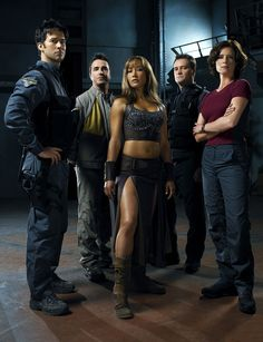 SGA season 1.  Joe Flanigan, Paul McGillion, Rachel Luttrell, David Hewlett, Tori Higginson.